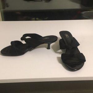 Short and sweet black heels